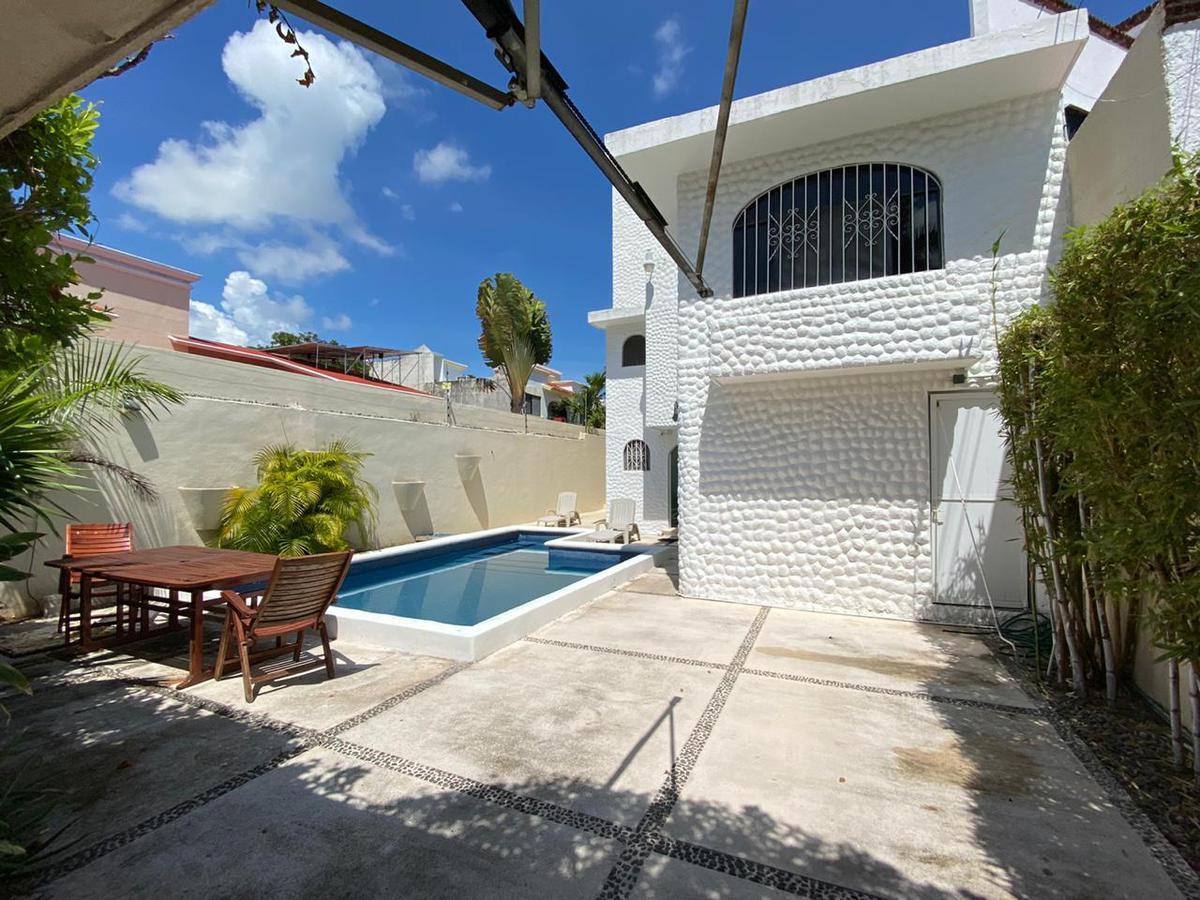 Foto Casa en Venta en  Supermanzana 15,  Cancún  Calle farallón sm 15