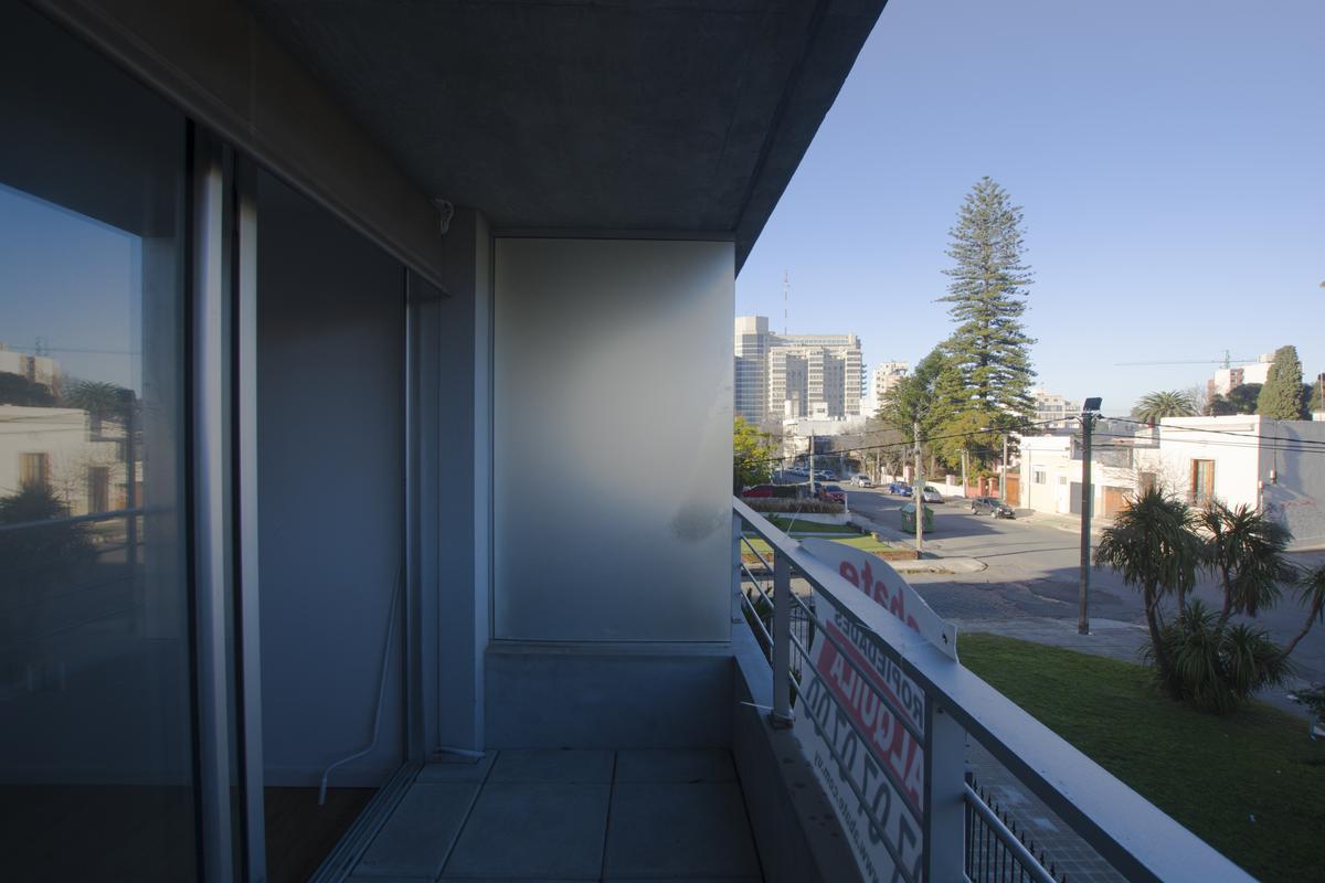 Foto Apartamento en Alquiler en  La Blanqueada ,  Montevideo  Ramón Ortiz y Dr. José Brito Foresti