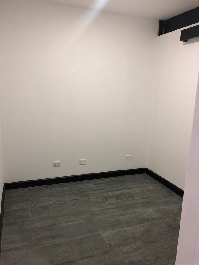 Foto Oficina en Renta en  Escazu,  Escazu  Consultorio médico en Escazú /  3 consultorios / 1 oficina