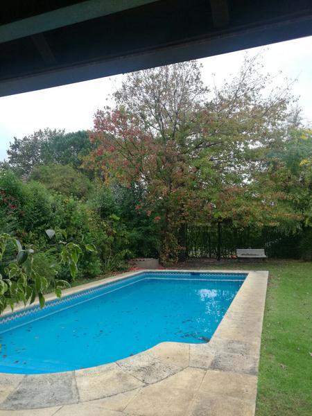 Foto Casa en Alquiler en  Los Rosales,  Countries/B.Cerrado  Alquiler Temporario - Casa quinta en Los Rosales