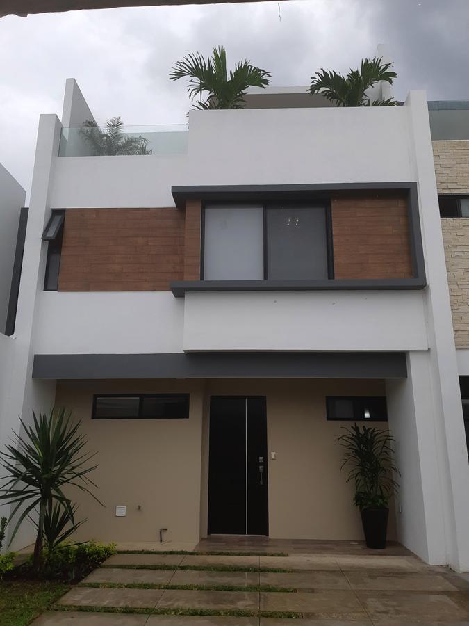 Foto Casa en Venta en  Fraccionamiento Cumbres Residencial,  Boca del Río  Residencia en Venta en Boca del Río, Ver. (San José) Cumbres