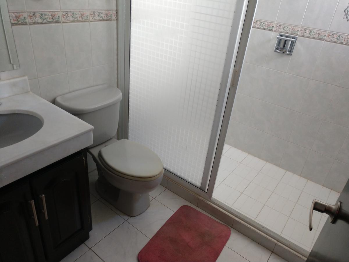 Foto Casa en Renta en  Fraccionamiento Colinas de San Miguel,  Culiacán  Rento  Privada  Colinas San Miguel 4 Habitac 5 Ba?os Recién Pintada