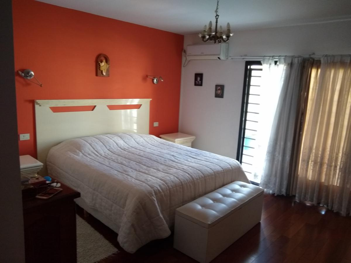 Foto Casa en Venta en  Haedo Norte,  Haedo  Igualdad al 800