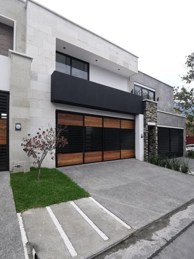 Foto Casa en Venta en  San Pedro Garza Garcia ,  Nuevo León  CASA EN VENTA COLONIA PALO BLANCO