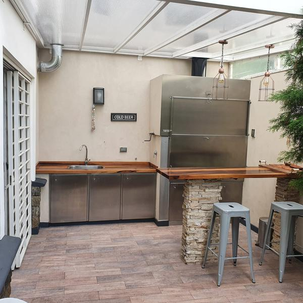 Foto Casa en Venta en  Lomas de Zamora Oeste,  Lomas De Zamora  Las Heras 1046