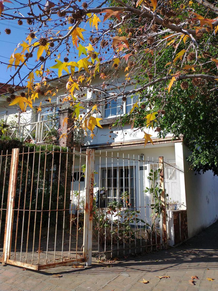 Foto Casa en Venta en  Olivos,  Vicente López  Mariano Moreno al 3000