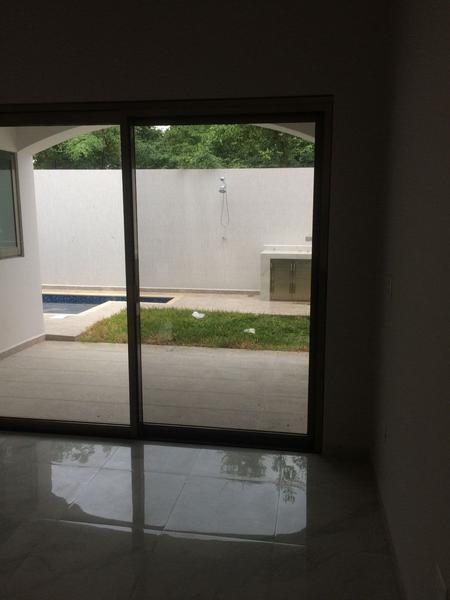 Foto Casa en Venta en  Fraccionamiento El Pedregal,  Banderilla  Fraccionamiento El Pedregal