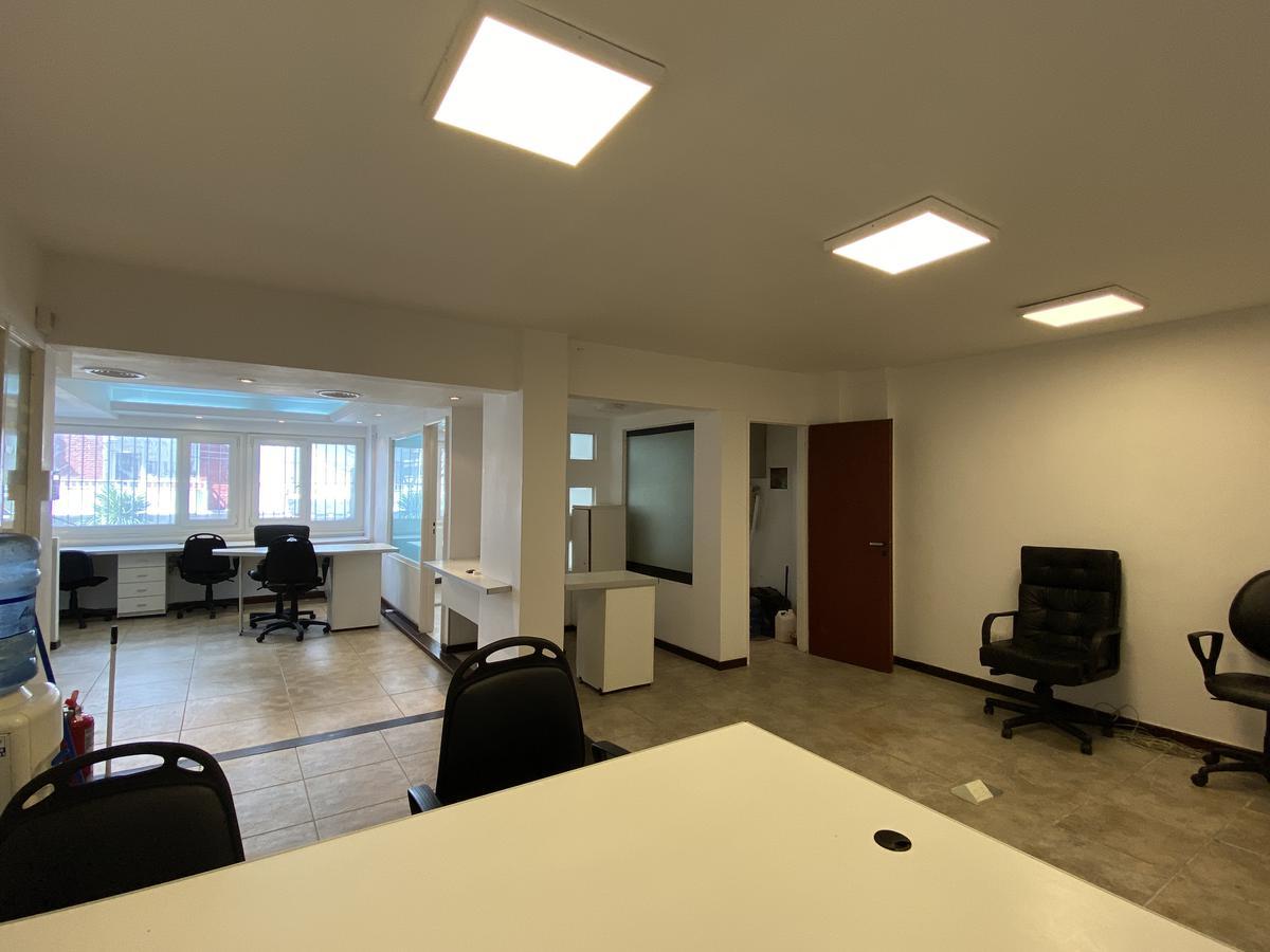 Foto Oficina en Alquiler en  Plaza Colon,  Mar Del Plata  Tucumán 2269 entre Brown y Colon