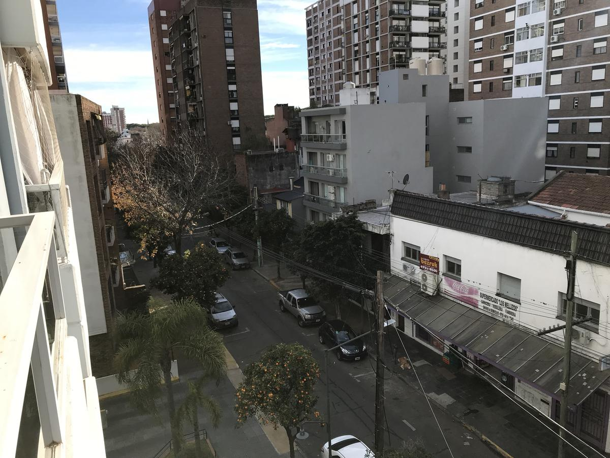 Foto Departamento en Venta en  Martinez,  San Isidro  Arenales al 1500