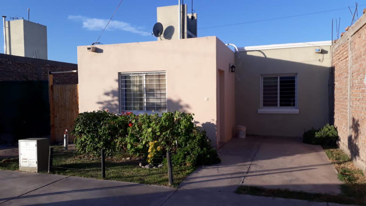 Foto Casa en Venta en  Rawson ,  San Juan  Mzna B, próxima a Jorge Newbery, Barrio 23 de Mayo, cerca de Superiora (entre San Miguel y Vidart)