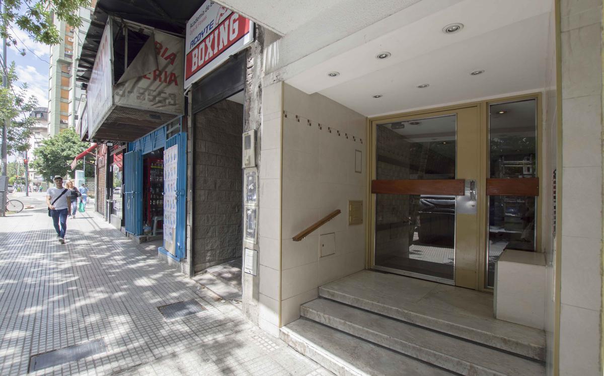 Foto Departamento en Venta en  Caballito ,  Capital Federal  Acoyte al 100 PISO 1