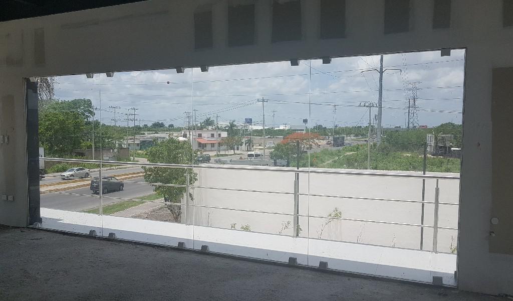 Foto Local en Renta en  Pueblo Cholul,  Mérida  Local Comercial en Renta,Plaza Gran Saudela,Carr conkal-Motul,Mérida,Yuc