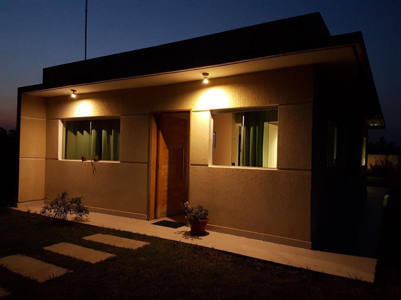 Foto Casa en Alquiler temporario en  San Bernardino ,  Cordillera  Urbanización  Puerta del Lago