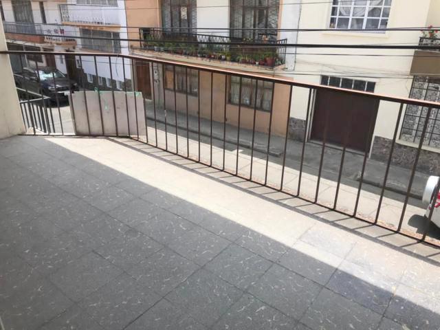 Foto Casa en Venta | Venta en  Centro de Cuenca,  Cuenca  Calle Rafael María Arízaga