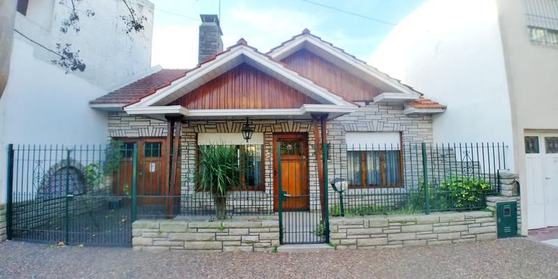 Foto Casa en Venta en  Don Bosco,  Mar Del Plata  Bolivar al 4600