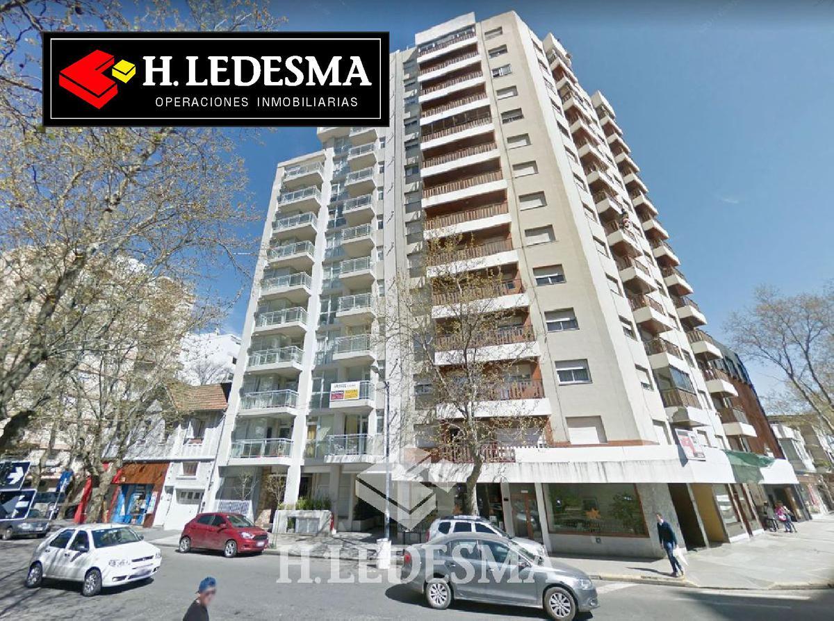 Foto Departamento en Venta en  Centro,  Mar Del Plata  BOLIVAR 3100 PISO 6 • FRENTE A PLAZA