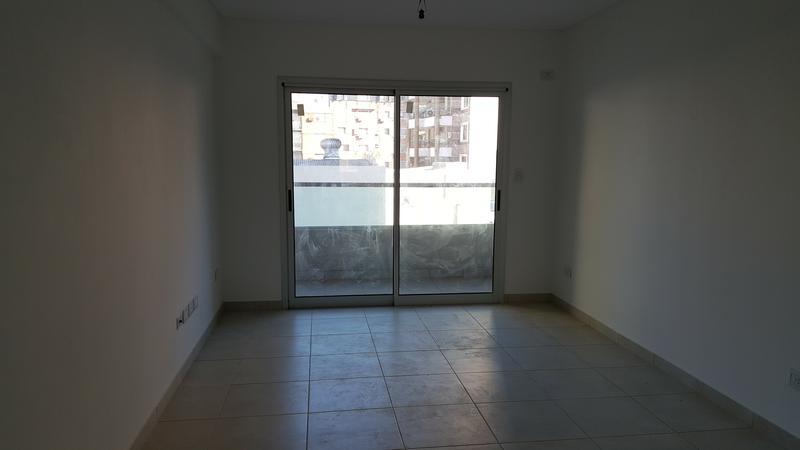 Foto Departamento en Alquiler en  Moron Norte,  Moron  Mendoza 52.  Piso 2° C. Moron