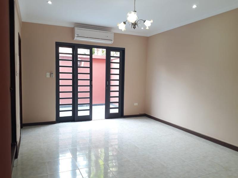 Foto Casa en Alquiler en  Mburucuya,  Santisima Trinidad  Zona Centro Paraguayo Japonéz CPJ