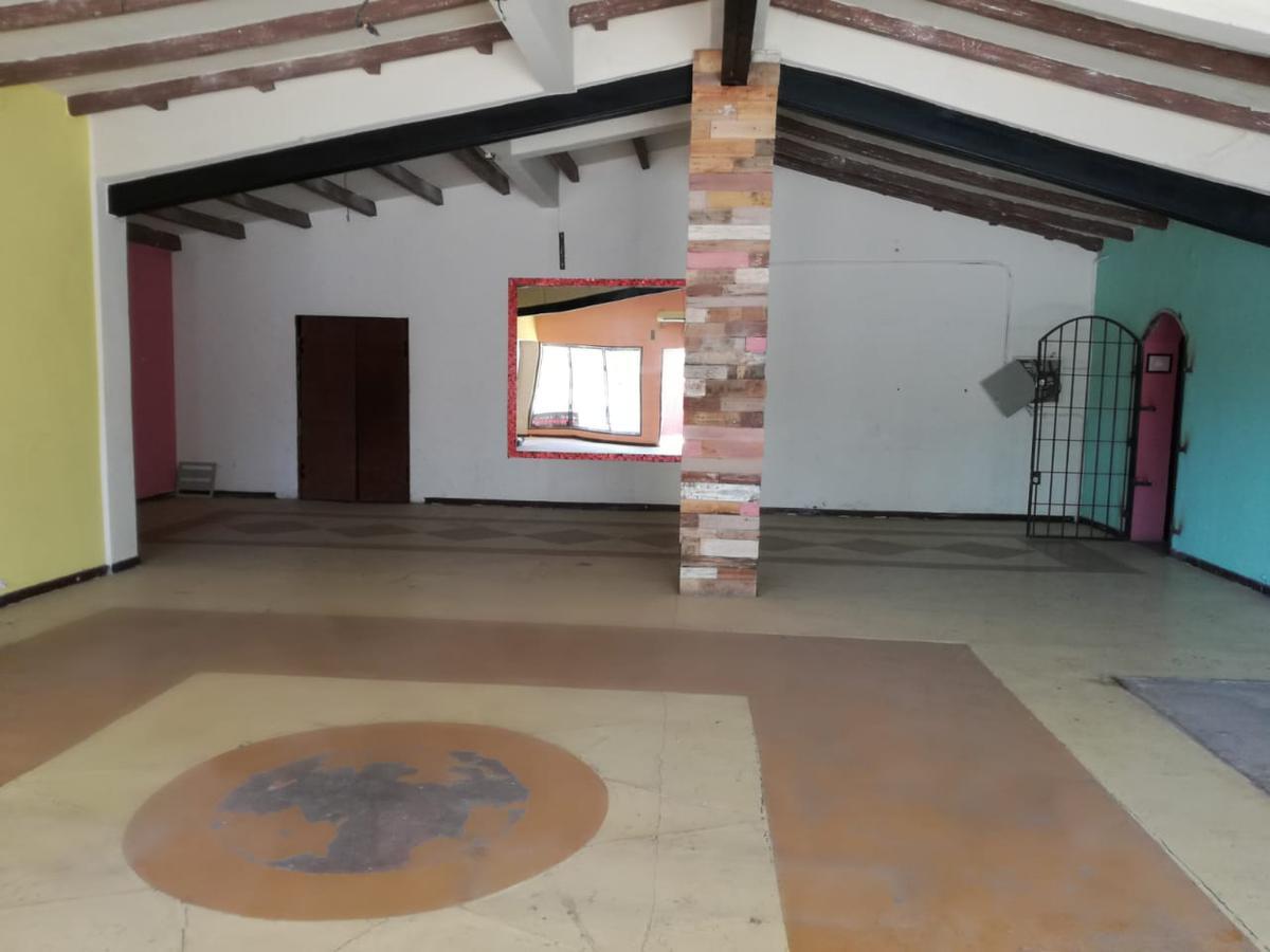 Foto Local en Alquiler | Venta en  Rivadavia ,  San Juan  Avda. Libertador Gral. San Martín 4290 Oeste, próximo a Meglioli