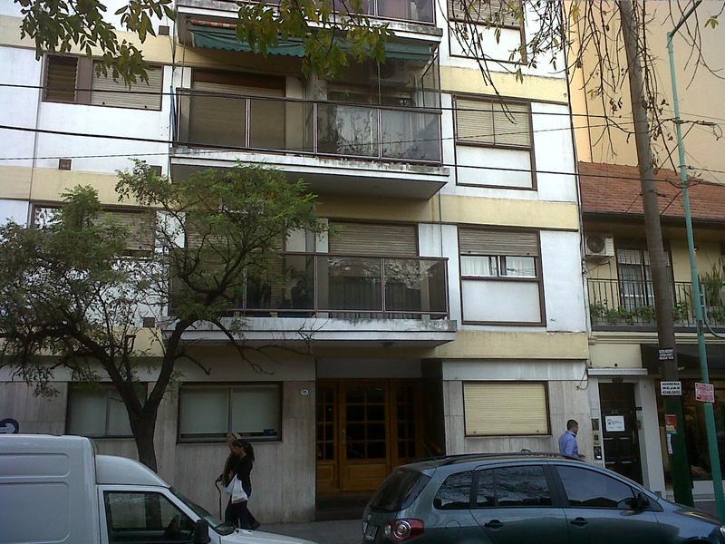Foto Departamento en Venta en  Lomas de Zamora Oeste,  Lomas De Zamora  Italia 206, 12° C