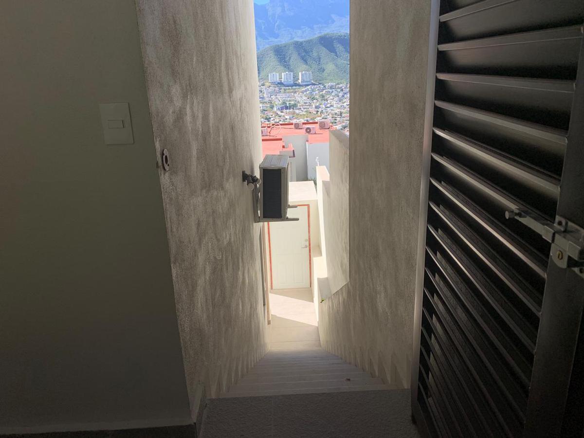 Foto Departamento en Venta en  Residencial Vistalta,  Monterrey  Departamento en Renta  residencial Vistalta , Tipo LOTF nuevo (MHG)