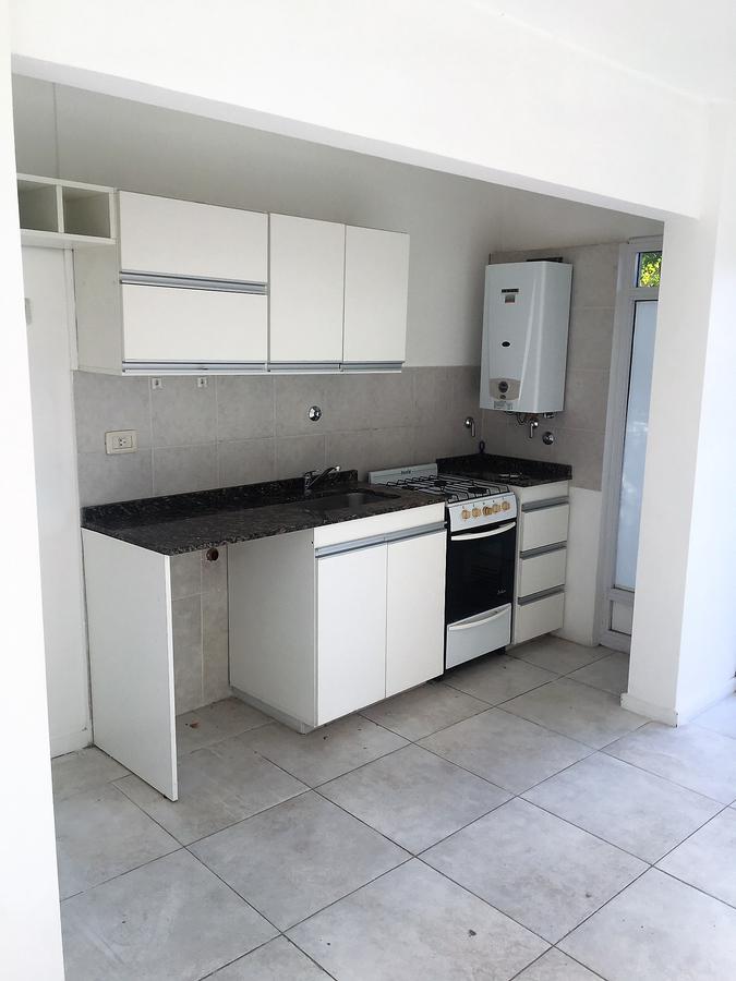 Foto Departamento en Alquiler en  Macrocentro,  Rosario  Iriondo 359 01-01