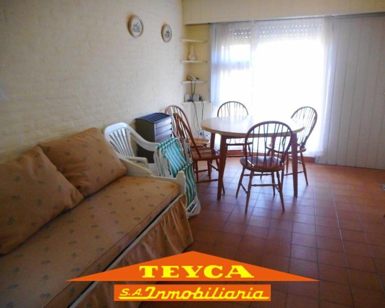 Foto Departamento en Alquiler temporario en  Pinamar ,  Costa Atlantica  DEL PEJERREY 1015 Esq, Centauro
