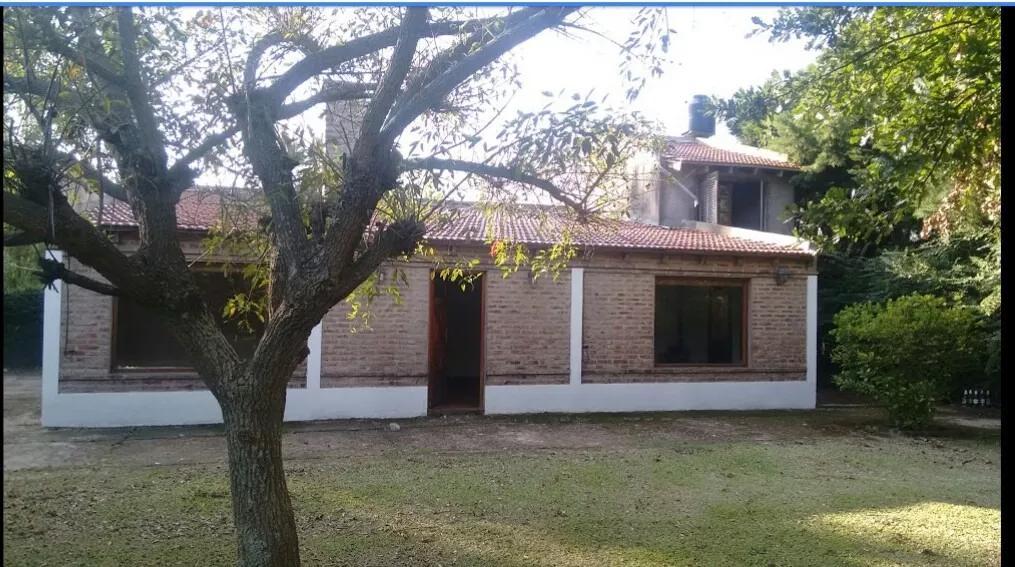Foto Casa en Venta en  Barrio Parque Las Acacias,  Coronel Brandsen  48 y 302 barrio El Rodeo