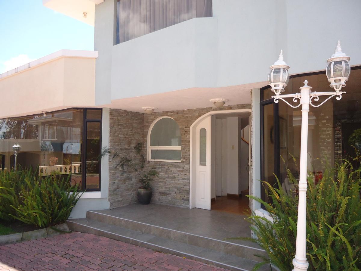 Foto Casa en Venta en  Amagasí,  Quito   sector Amagasi de El Inca