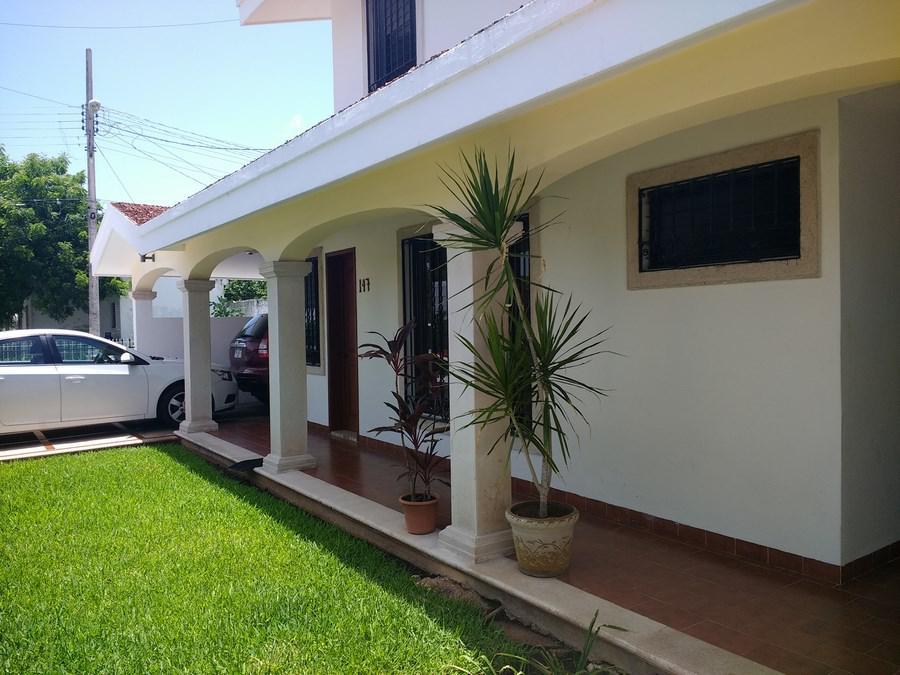 Foto Casa en Venta en  Fraccionamiento Jardines Del Norte,  Mérida  Calle 13