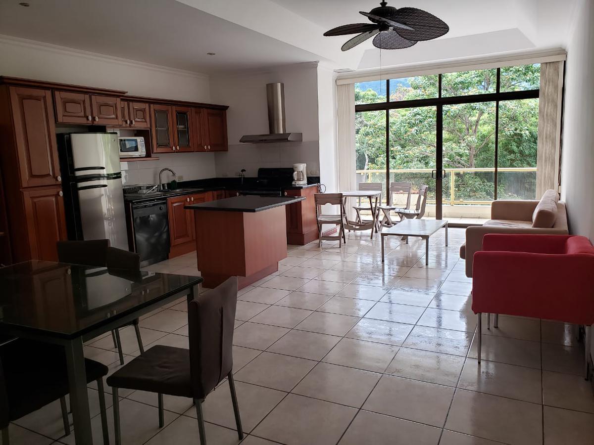 Foto Departamento en Renta en  San Rafael,  Escazu  ESCAZÚ / Apartamento de 3 habitaciones / Amueblado /Equipado/ Seguridad / Ubicación