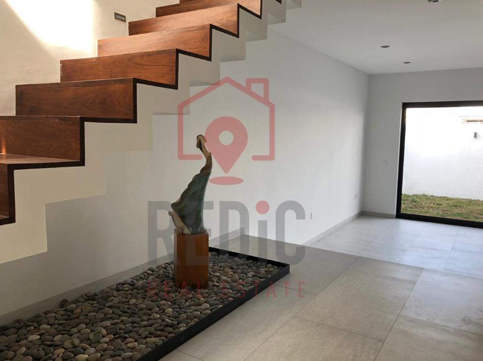 Foto Casa en Venta en  Fraccionamiento Cumbres del Lago,  Querétaro  Condesa Juriquilla
