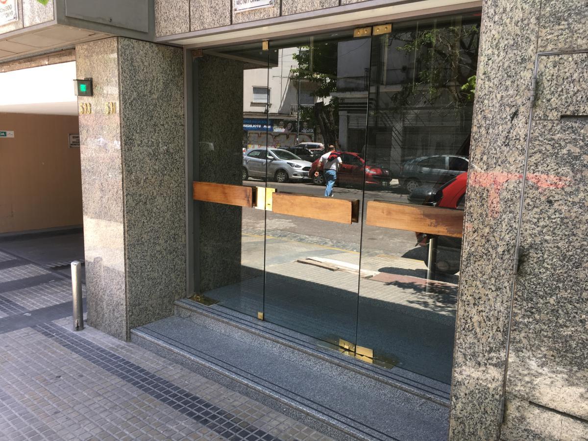 Foto Departamento en Venta en  Plaza Italia,  La Plata  45 e/5y6 (4ºB) Torre 1