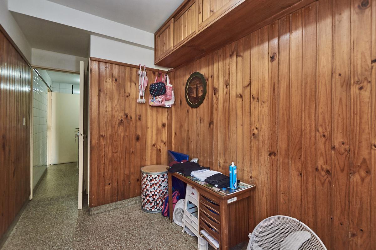 Foto Departamento en Venta en  Barrio Norte ,  Capital Federal  Billinghurst al 1500 6º B