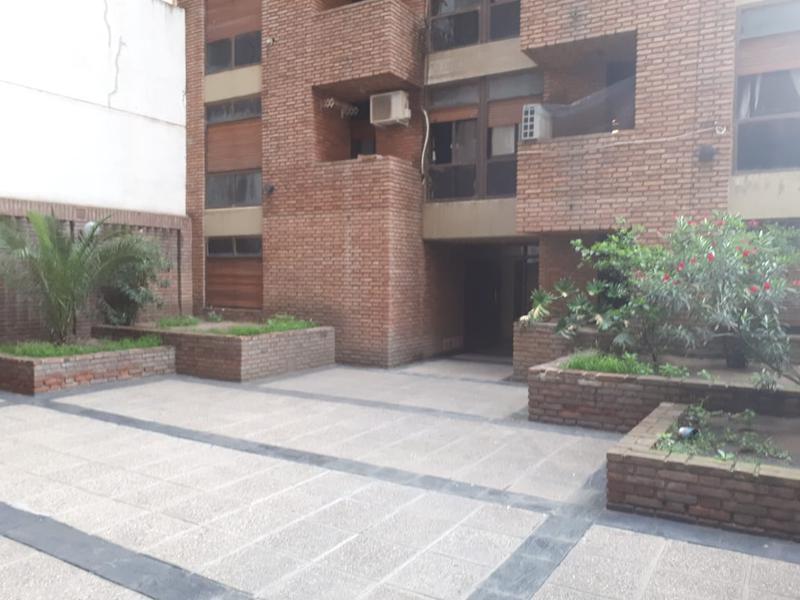 Foto Departamento en Venta en  Nueva Cordoba,  Capital  Illia 264