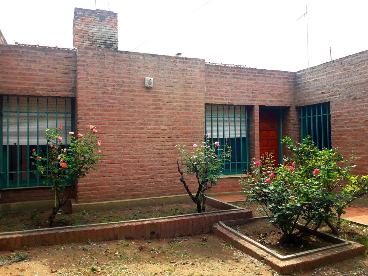 Foto Casa en Venta en  Los Platanos,  Cordoba Capital  Miguel Cárcano al 1200