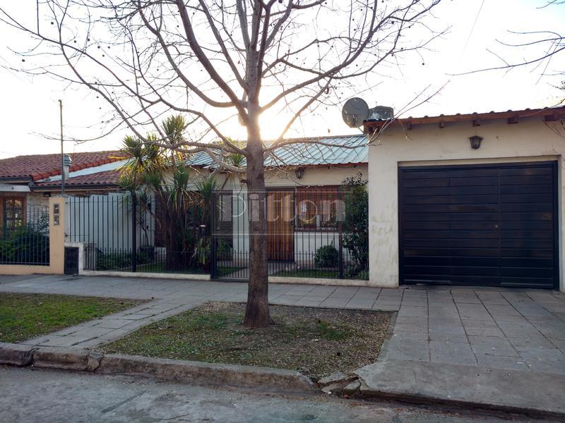 Foto Casa en Venta en  Banfield Este,  Banfield  Miguel Cané 1318