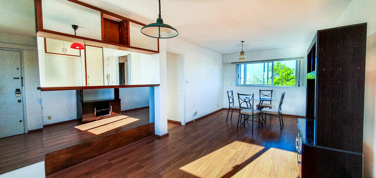 Foto Apartamento en Venta en  Punta Gorda ,  Montevideo  Sobre hermosa calle de Punta Gorda