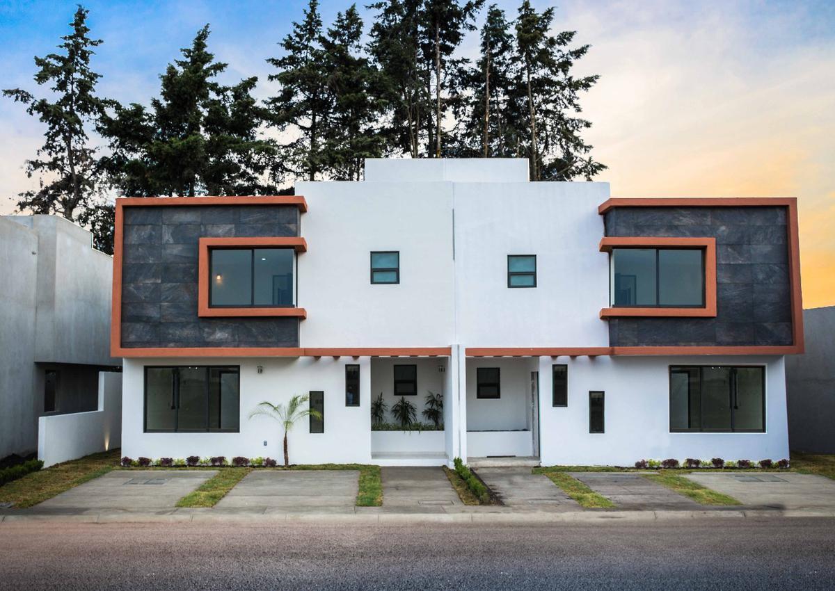 Foto Casa en condominio en Venta en  San Mateo Atenco ,  Edo. de México  Casa Nueva en Venta, Fraccionamiento Cerrado,  San Mateo Atenco, 3 rec
