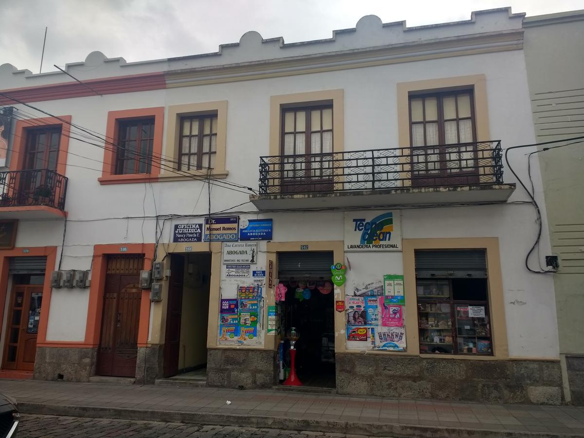 Foto Casa en Venta en  Centro de Ibarra,  Ibarra  Oviedo y  Sucre