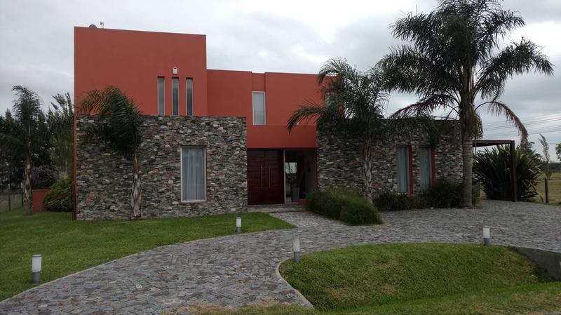 Foto Casa en Venta en  La Magdalena,  Ezeiza  Venta - Casa en La Magdalena - Canning