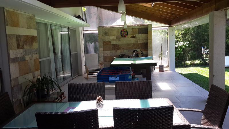 Foto Casa en Venta en  Saint Thomas,  Countries/B.Cerrado (E. Echeverría)  Puro diseño en St Thomas Norte