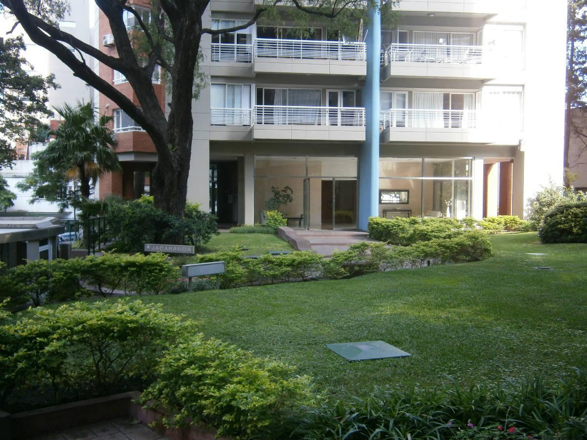 Foto Departamento en Alquiler en  Olivos,  Vicente Lopez  Rosales al 2600