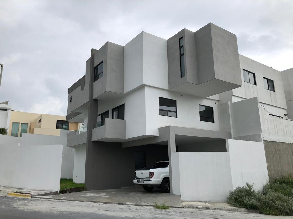 Foto Casa en Venta en  Cumbres Elite,  Monterrey  Cumbres Elite Sector Villas