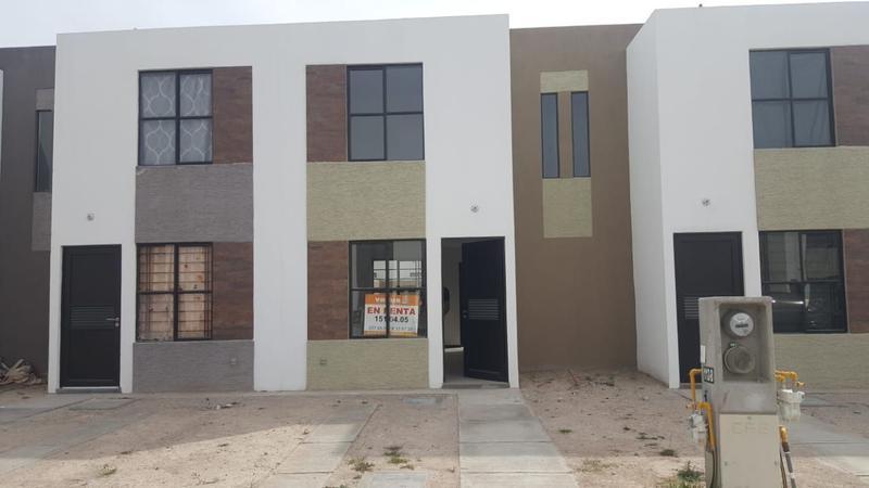 Foto Casa en Renta en  Los Olivos,  Soledad de Graciano Sánchez  CASA EN RENTA EN VALLE DE LA PALMA POR CARRT. MATEHUALA