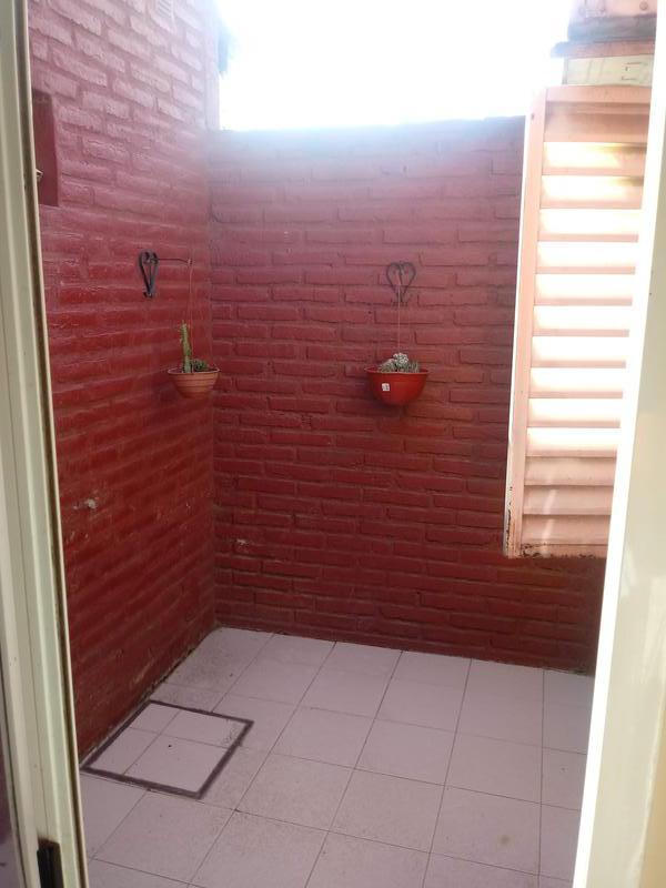 Foto Casa en Venta en  Yerba Buena ,  Tucumán  B° Las Acacias - Alt. Av. Pte. Perón al 700