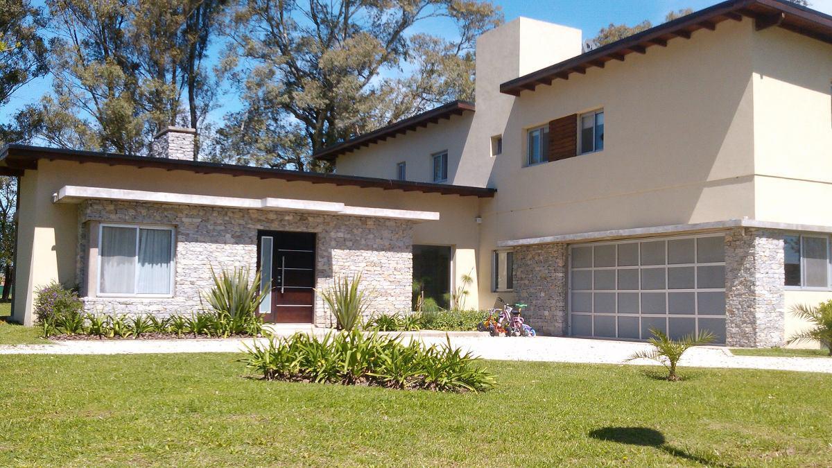 Foto Casa en Venta en Gral Hornos al 2800, G.B.A. Zona Oeste | Moreno | Prados del Oeste