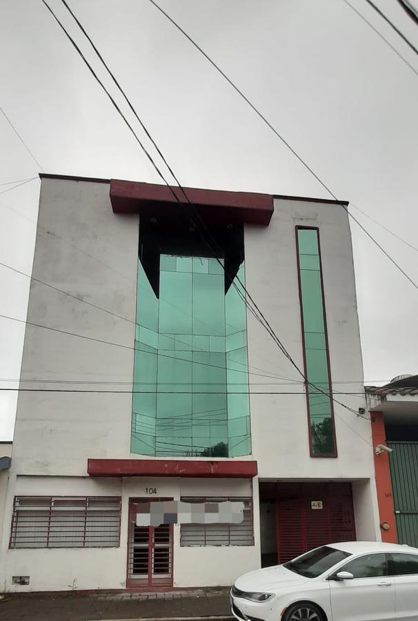 Foto Edificio Comercial en Renta    en  Magisterial ,  Xalapa  Edificio en renta en Xalapa Ver zona Plaza Museo