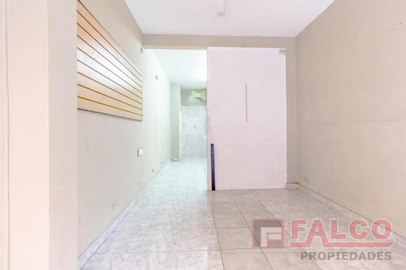 Foto Local en Alquiler en  Villa Crespo ,  Capital Federal  Velasco al 500