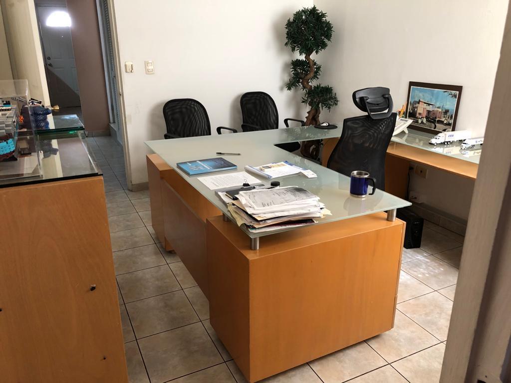 Foto Oficina en Renta en  Del Valle,  San Pedro Garza Garcia  OFICINA EN RENTA VALLE $20,000
